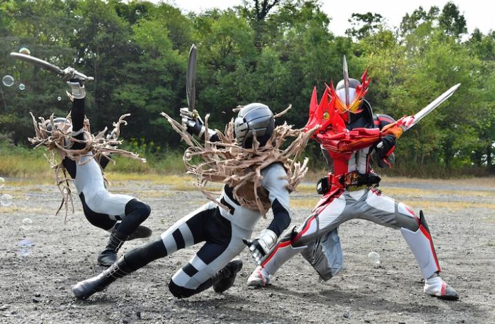 《假面騎士》聖刃特攝電影最新劇照公開 6大聖刃騎士同時變身